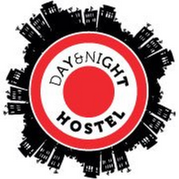 day and night hostel logo
